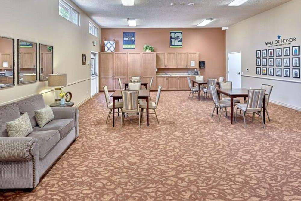 Make new friends at Sagebrook Senior Living at Bellevue