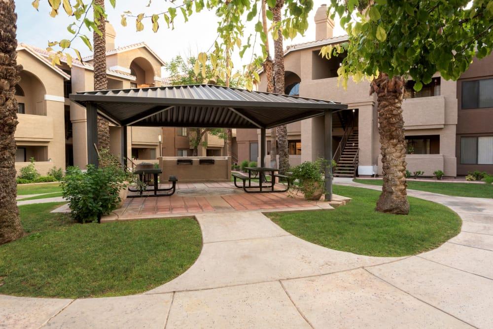 Beautiful landscaping at The Palisades at Paradise Valley Mall in Phoenix, Arizona