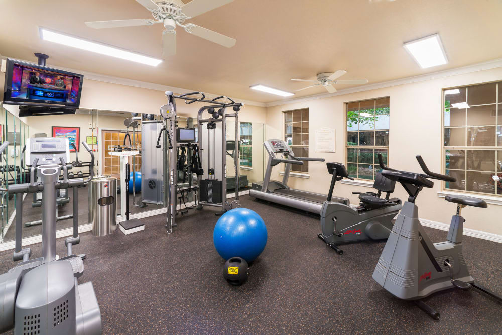 Modern fitness center at The Vintage in San Antonio, Texas