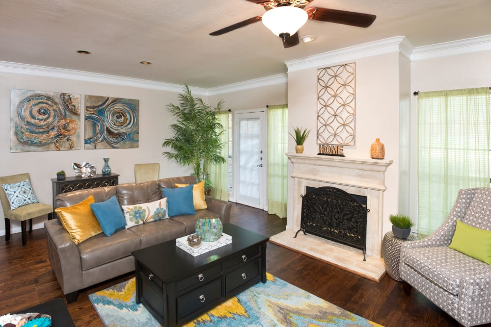Living room at Villas at Parkside in Farmers Branch, Texas