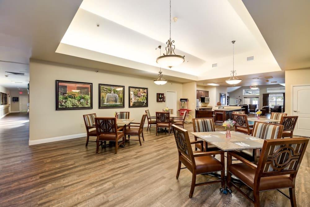 Dining area at Pacifica Senior Living Modesto in Modesto, California