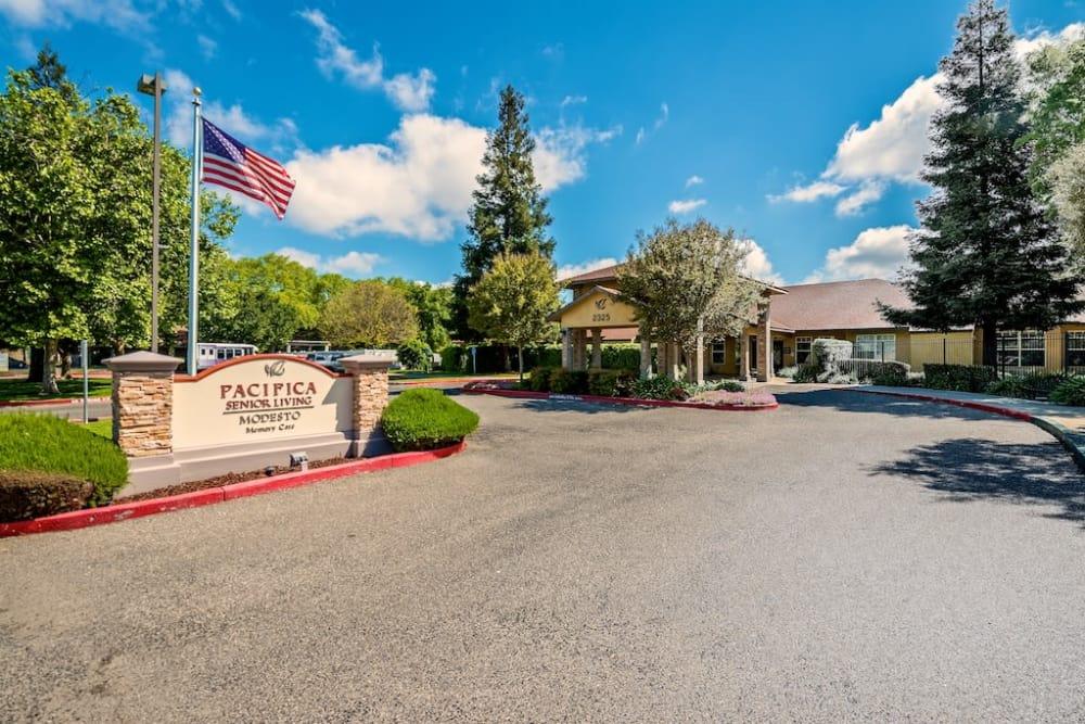 Exterior view of Pacifica Senior Living Modesto in Modesto, CA