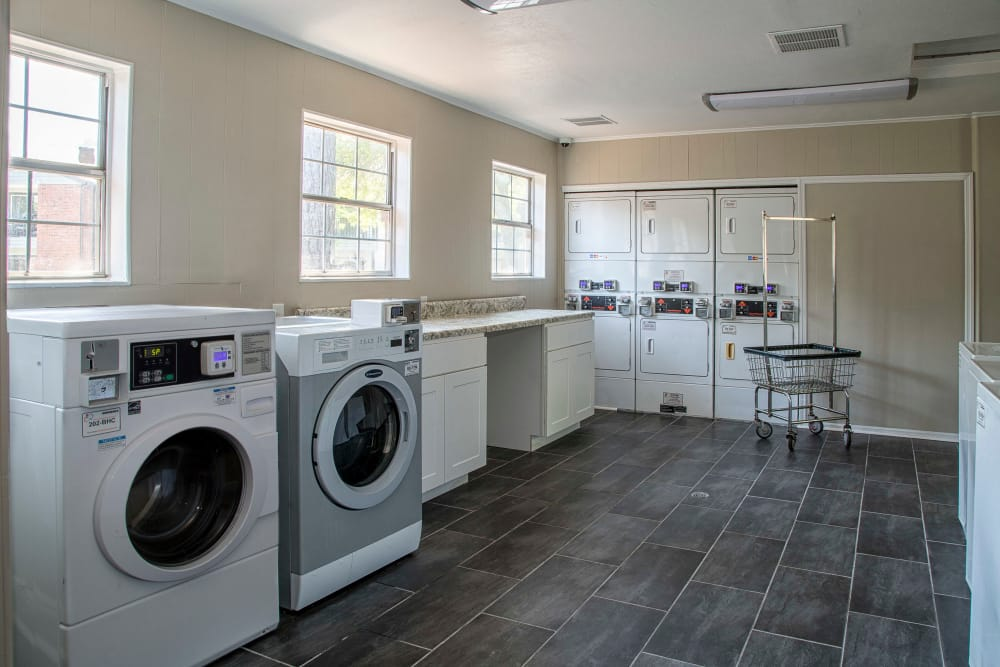 Newly updated apartments with energy-efficient appliances in Lawrenceville, Georgia