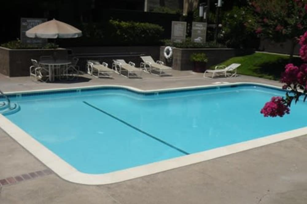 A view of the swimming pool at Ardendale Apartments in Sacramento, CA