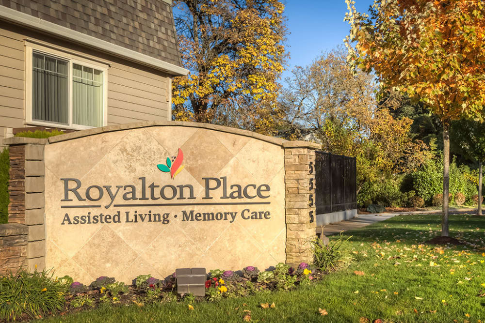 Front entrance sign at Royalton Place in Milwaukie, Oregon