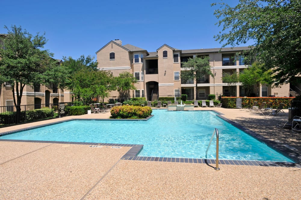 Beautiful swimming pool at Briargrove at Vail in Dallas, Texas