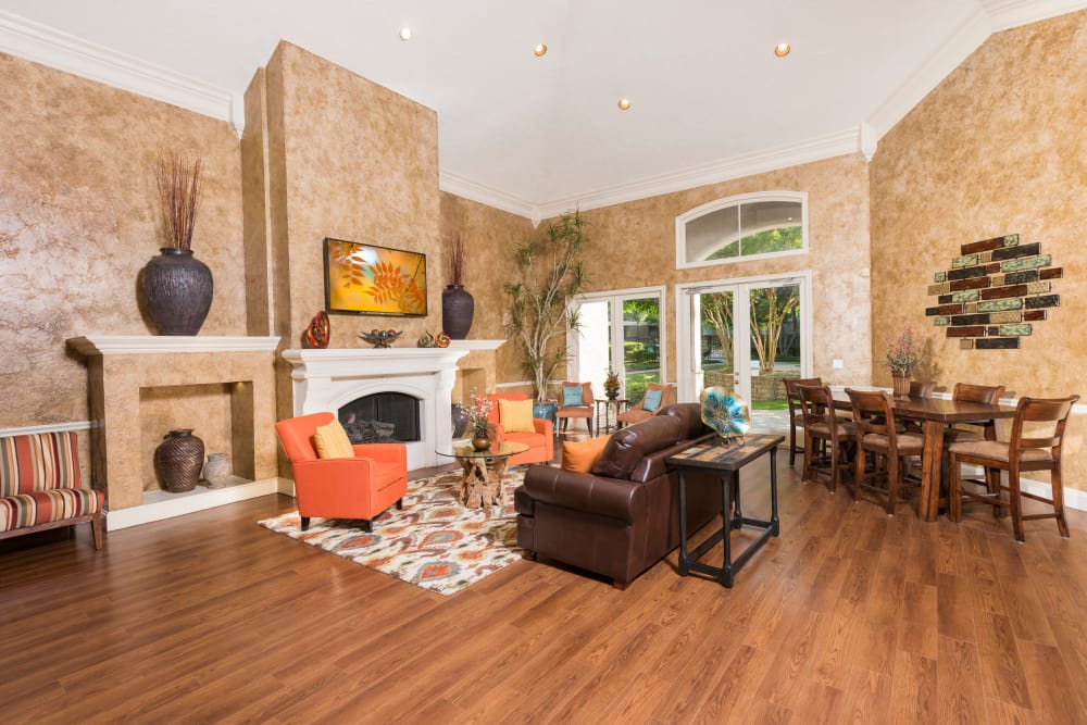 Well decorated living room at Briargrove at Vail in Dallas, Texas