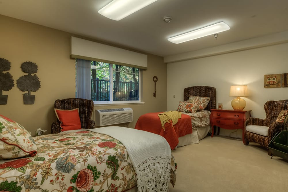 spacious shared bedroom at Royalton Place in Milwaukie, OR
