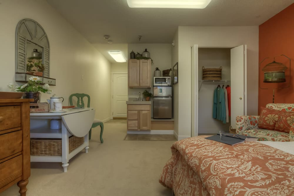 Beautiful bedroom at Royalton Place in Milwaukie, OR
