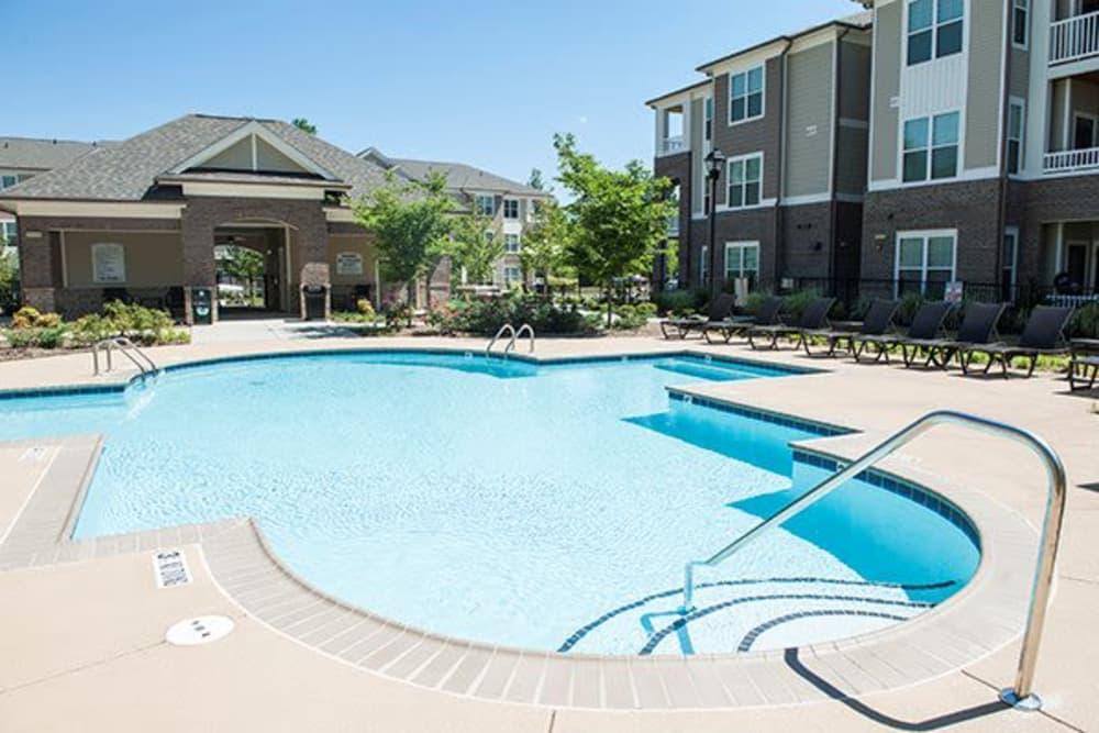 Sterling Town Center offers a state-of-the-art swimming pool in Raleigh, North Carolina