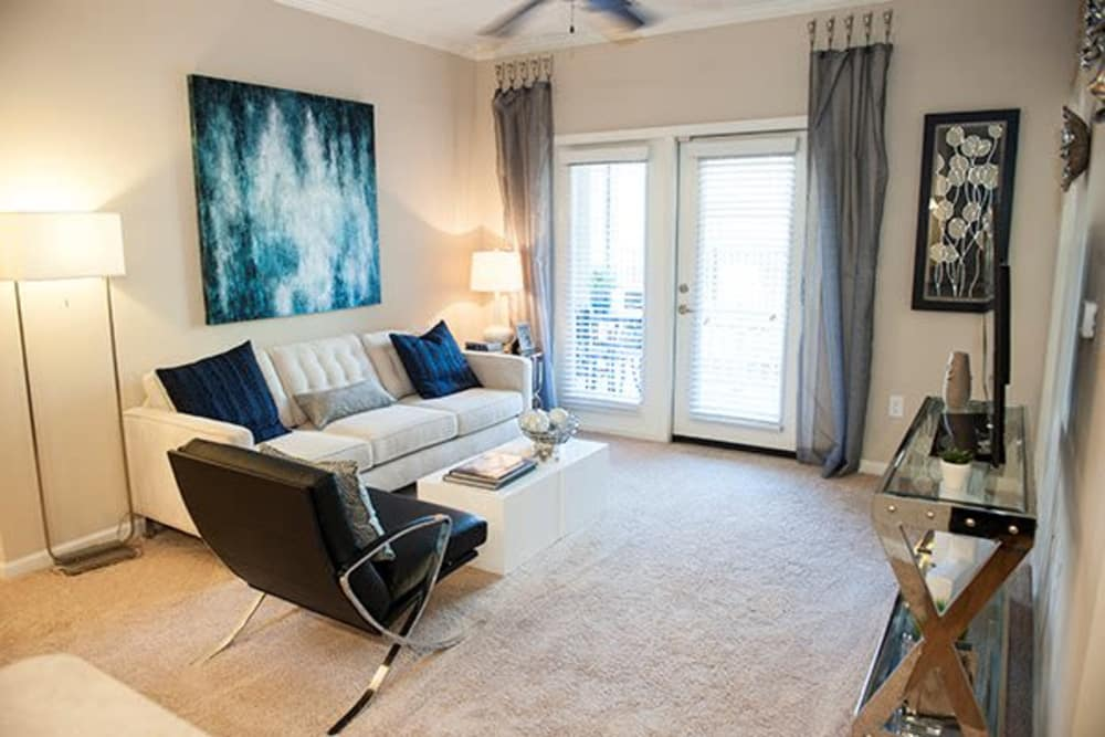 Sterling Town Center offers a naturally well-lit living room in Raleigh, North Carolina