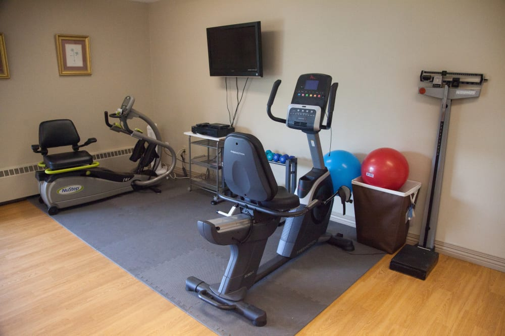 Logan Creek Retirement Community exercise room
