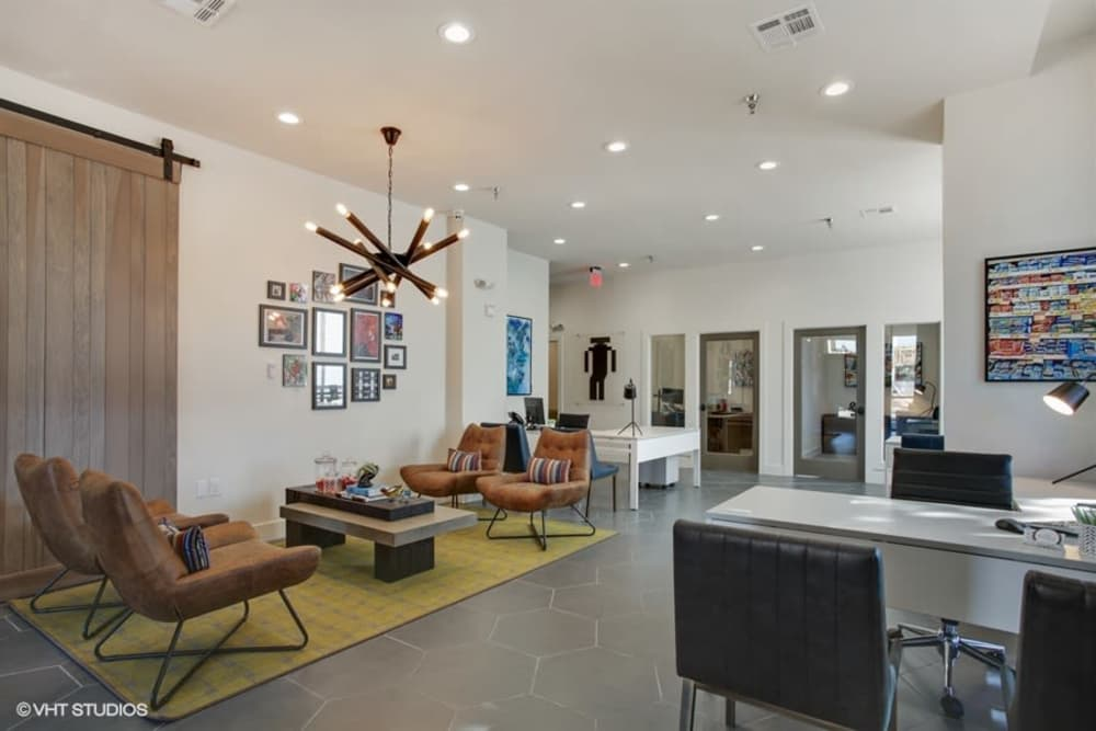 K Avenue Station offers a luxury clubhouse in Plano, Texas