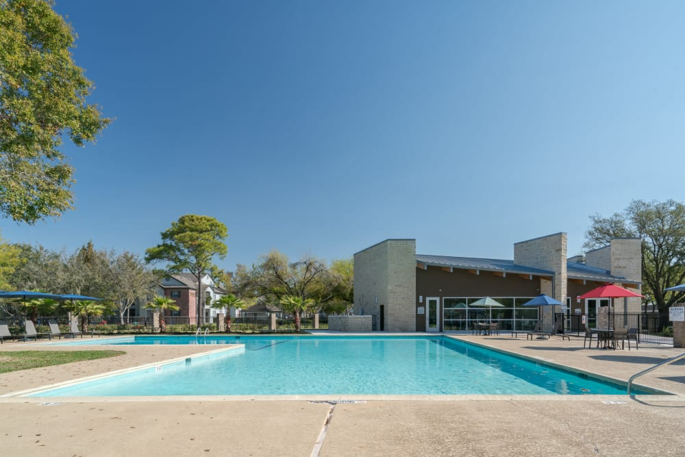 Our Apartments in Deer Park, Texas offer a Swimming Pool