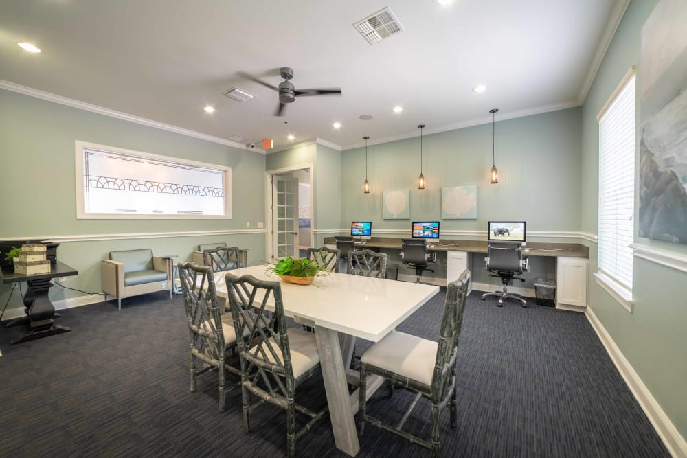 Our apartments in Orange City, Florida offer a dining room