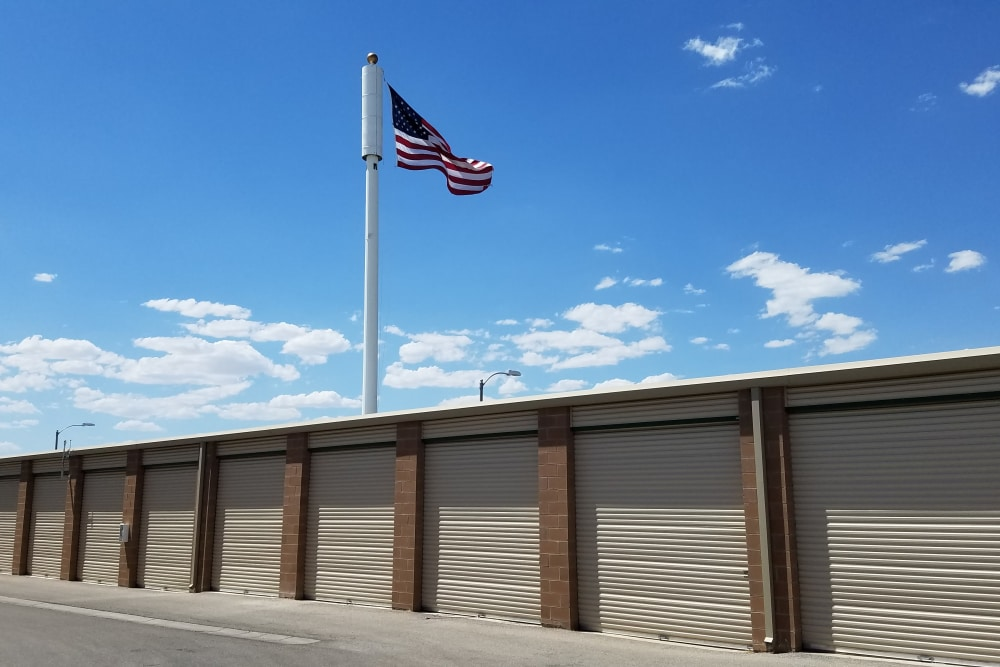 Golden State Storage - Horizon Ridge in Henderson, Nevada storage facility offers climate controlled exterior storage units