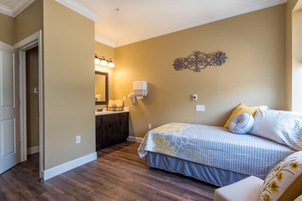 Oregon Auto Center >> McMinnville, OR Senior Living | Pacifica Senior Living ...
