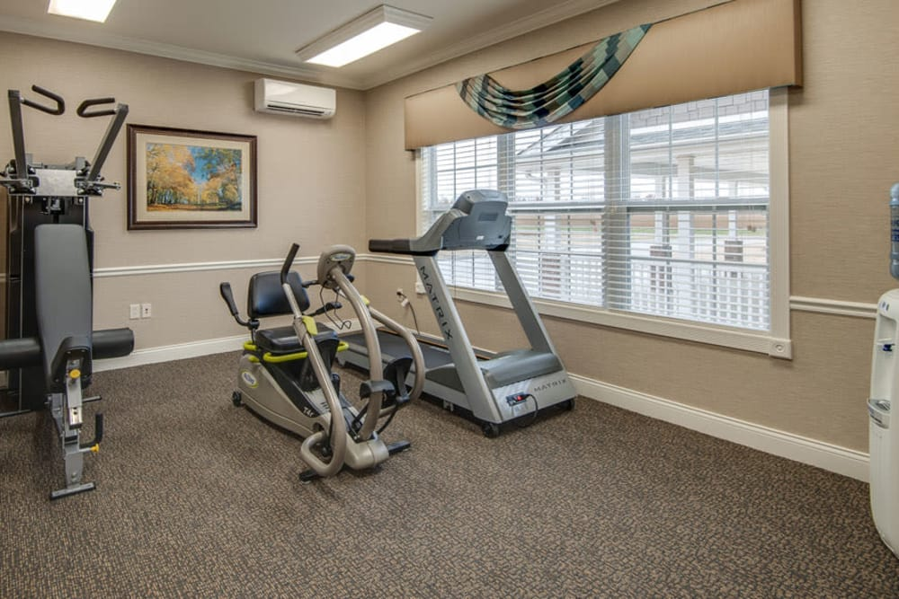 La Bonne Maison Senior Living in Sikeston, Missouri offers a fitness center