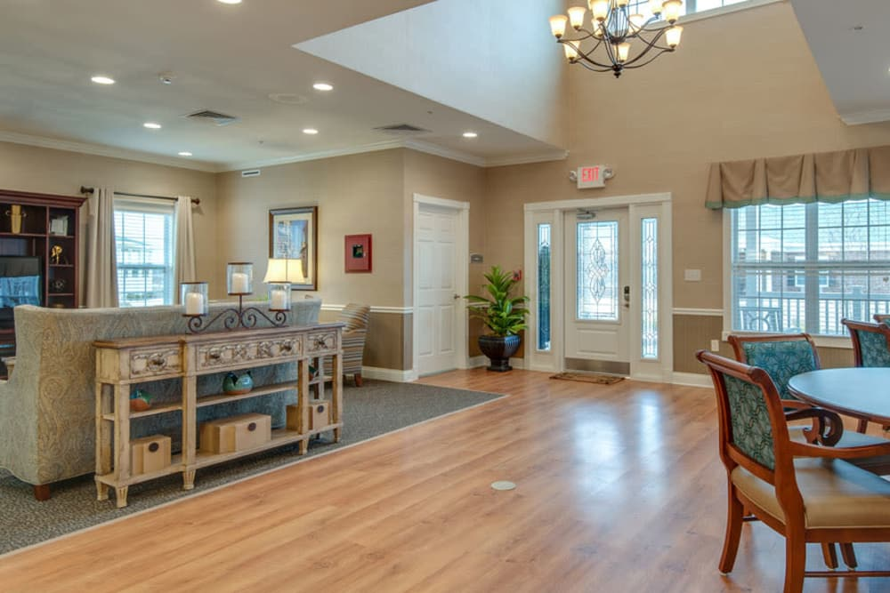 Community space at La Bonne Maison Senior Living in Sikeston, Missouri
