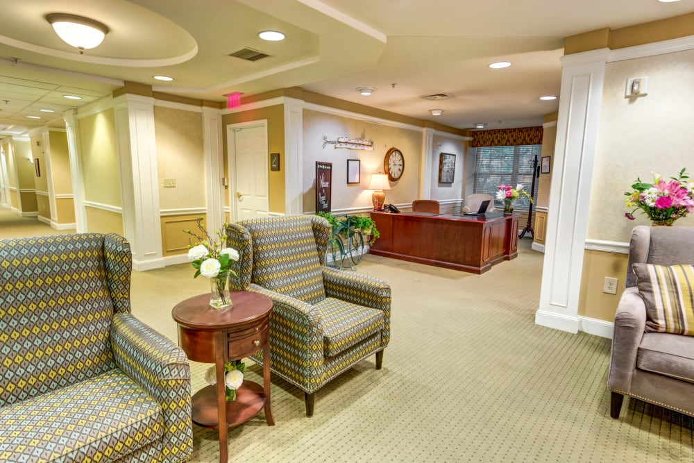At Regent Street Senior Living, we make hospitality an artform.
