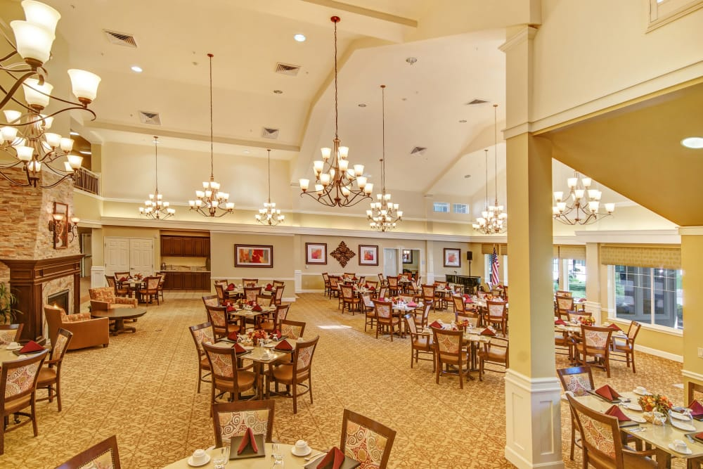 Dining room at The Commons at Elk Grove in Elk Grove, California