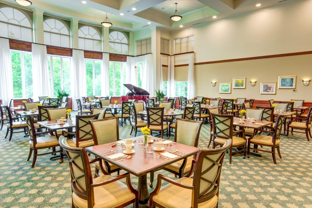 Harbour Pointe Senior Living offers exceptional care in an elegant environment.