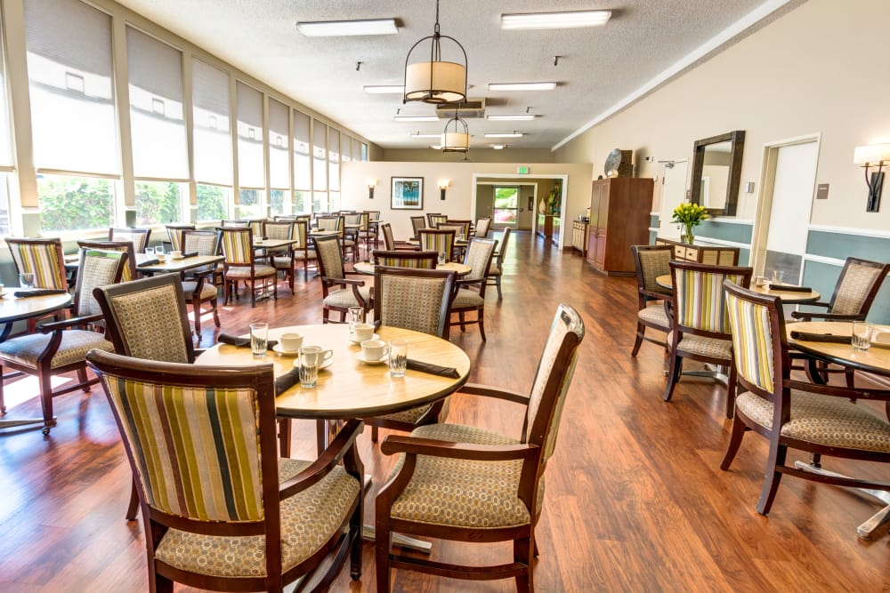 Enjoy a complimentary lunch with your tour of Sagebrook Senior Living at Bellevue!