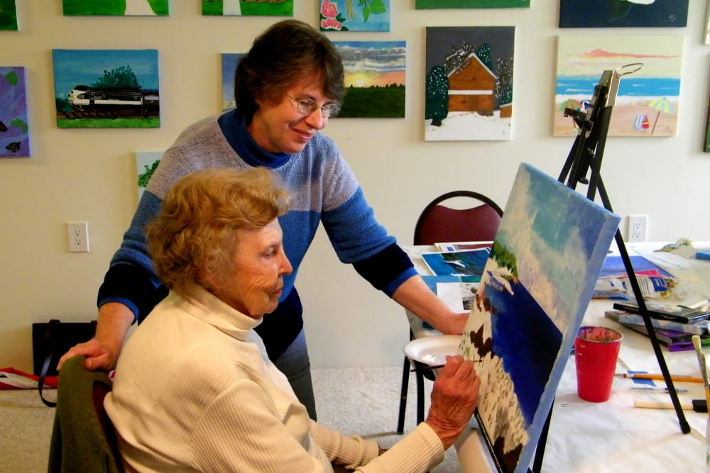 Arts and Crafts classes at Hawthorn Senior Living in Vancouver, Washington