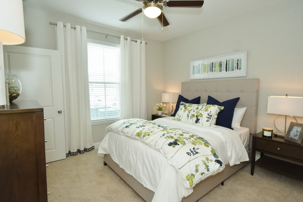 Our apartments in Lafayette, Louisiana have a cozy bedroom