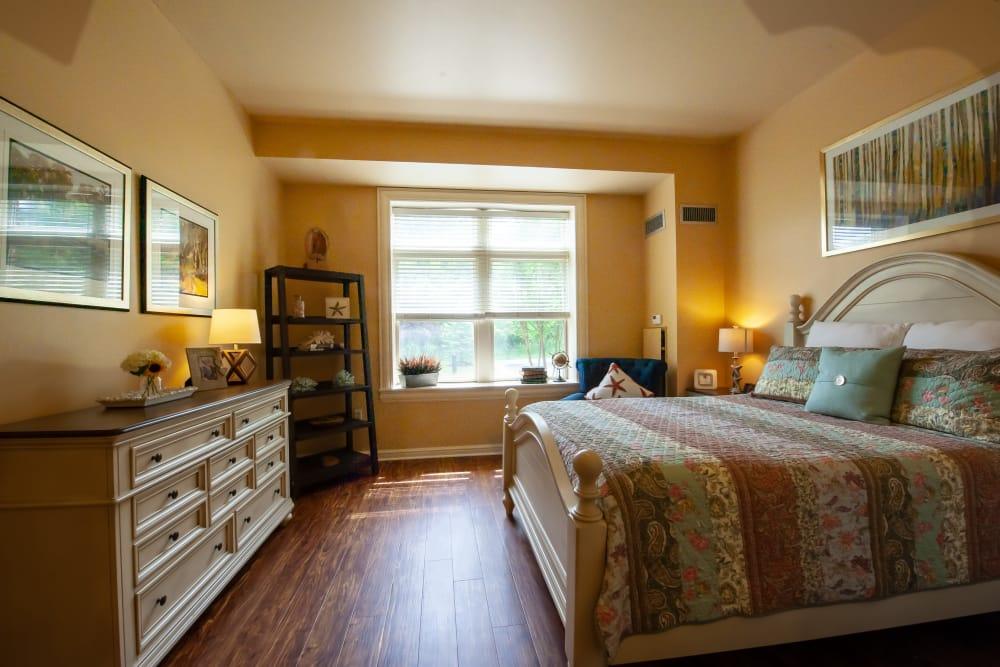 Bedroom at Woodholme Gardens in Pikesville, Maryland