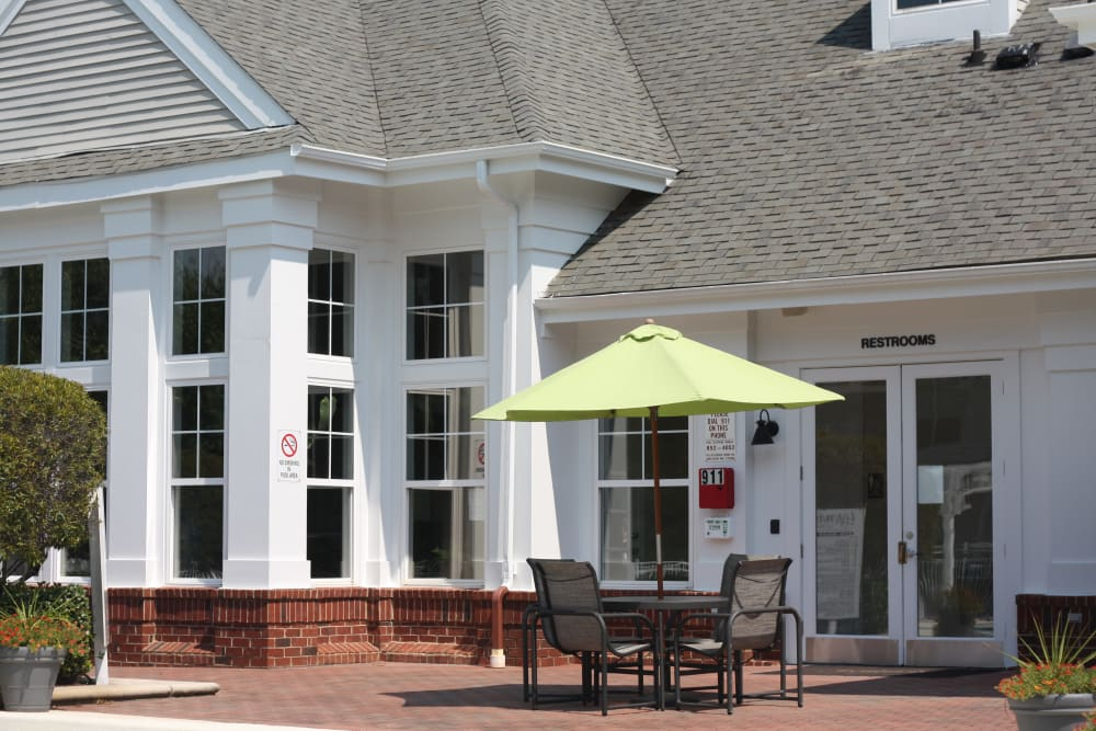 Outdoor patio area at Legends Cary Towne in Raleigh, NC
