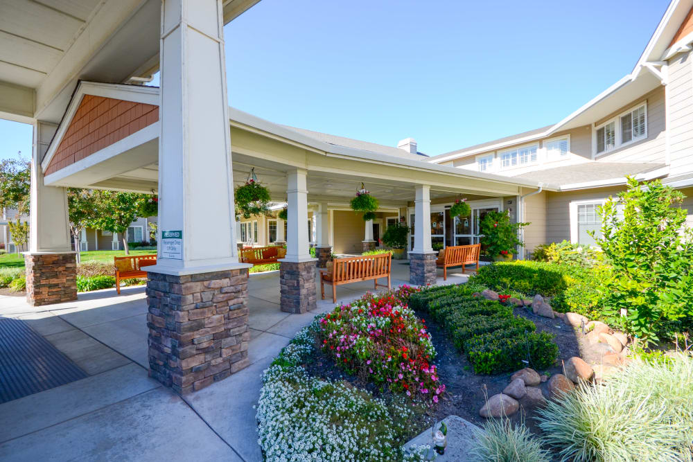 Beautiful entryway to The Commons at Union Ranch in Manteca, California