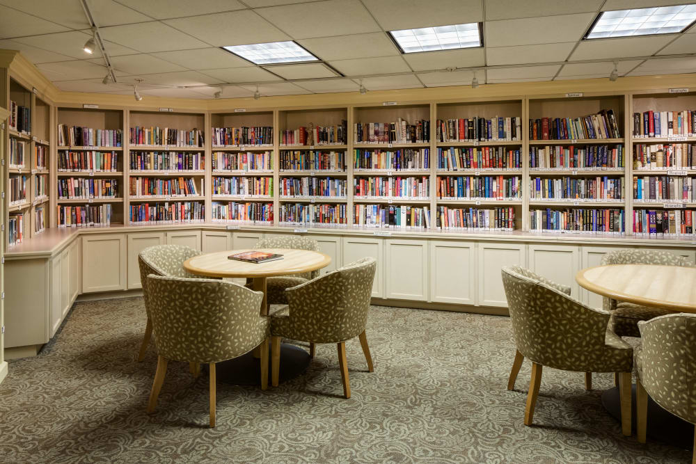 Spacious library at The Reserve at Thousand Oaks in Thousand Oaks, California
