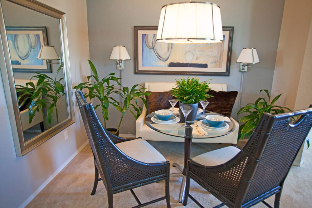 Dining room at Legends Lake Mary in Lake Mary, FL