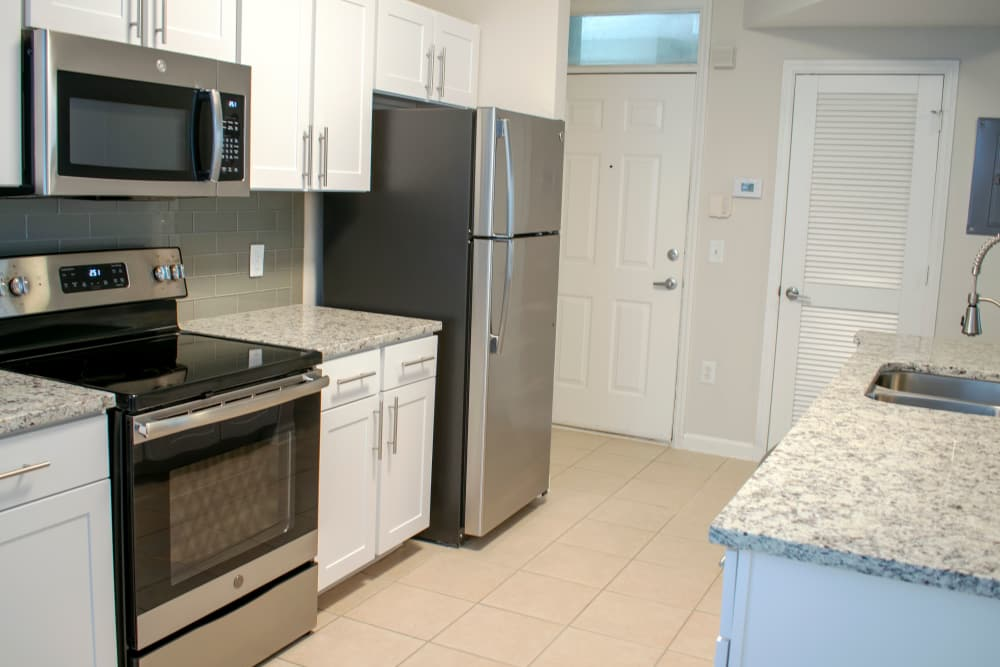 Updated kitchens at The Estates at Park Avenue in Orlando