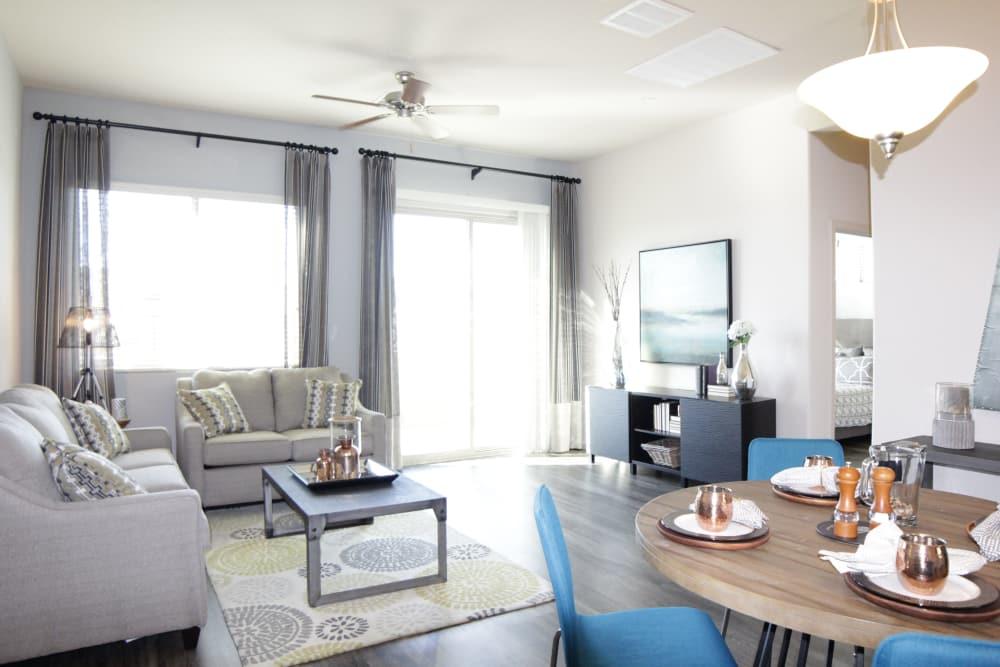 Avilla Victoria offers a spacious living room in Queen Creek, Arizona