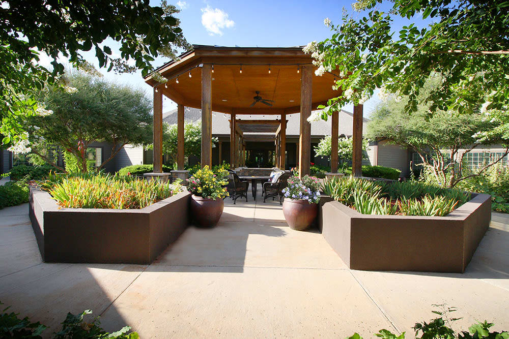 beautiful courtyard at Legacy Ranch in Midland,TX