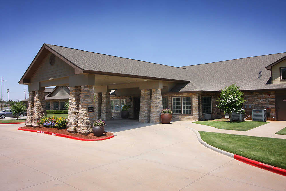 entry porte cochere at Legacy Ranch in Midland,TX