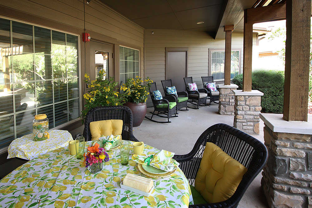 patio placesetting at Legacy Ranch in Midland,TX
