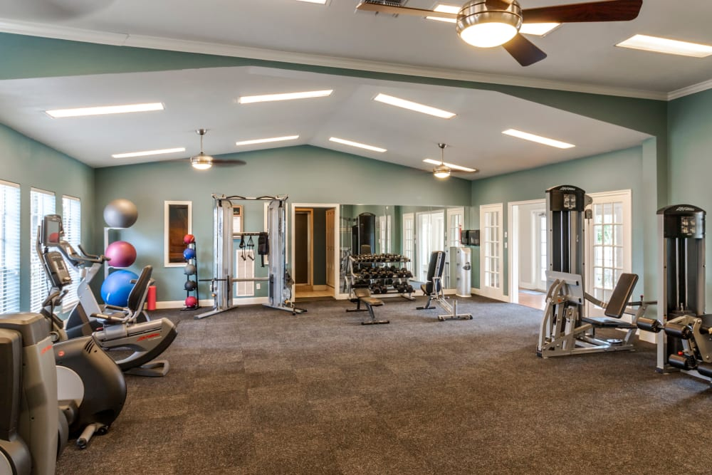 Fitness Center at Signature Point Apartments