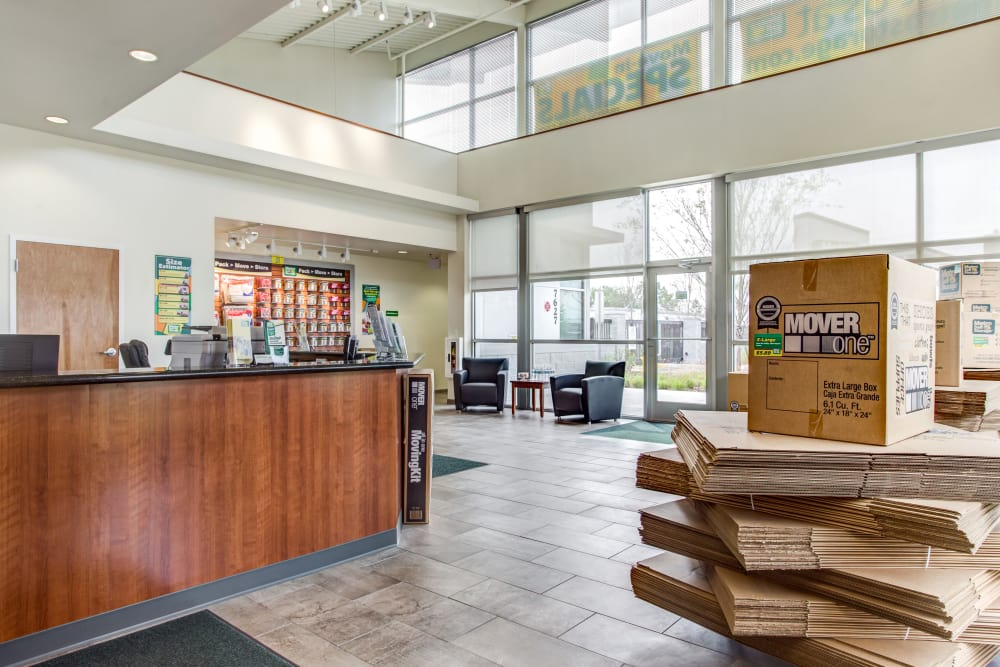 Leasing Office at Metro Self Storage in Orlando, Florida