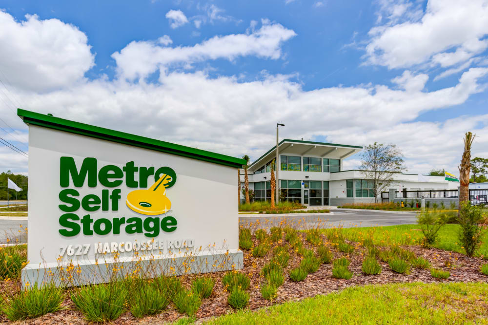 Exterior Sign at Metro Self Storage in Orlando, Florida