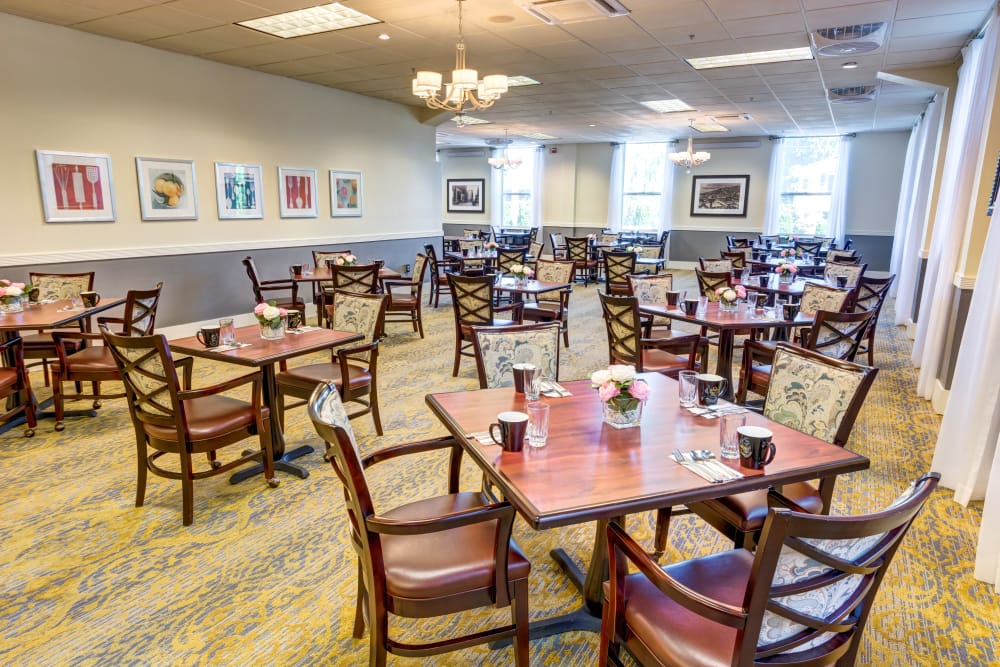 Dining room at Queen Anne Manor Senior Living