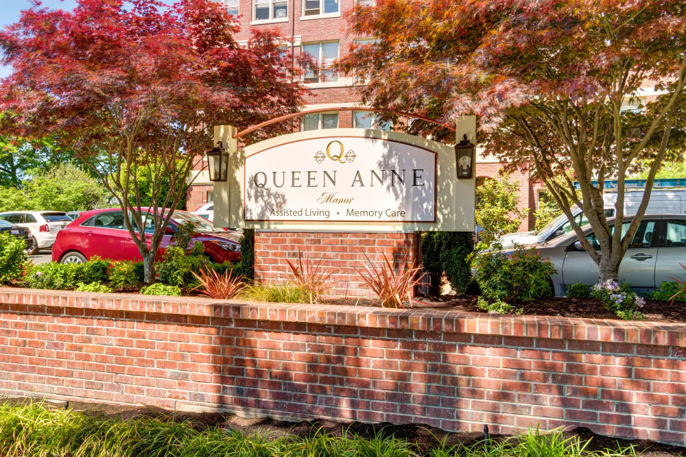 Queen Anne Manor Senior Living in Seattle, WA