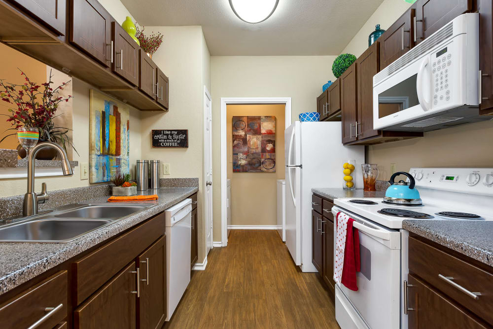 Well equipped kitchen at Stoneybrook Apartments & Townhomes in San Antonio, Texas