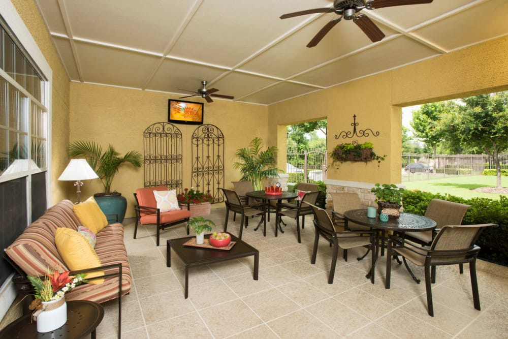 Club house patio at Estancia at Ridgeview Ranch in Plano, Texas