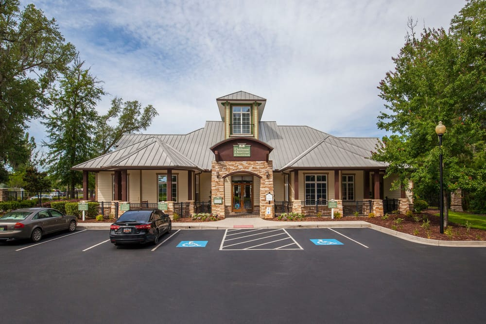 Clubhouse at Panther Effingham Parc Apartments in Rincon, GA
