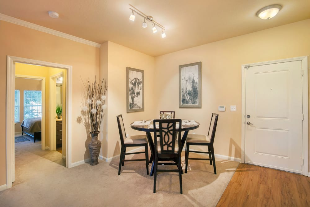 Dining room at Integra Hills Apartment Homes in Ooltewah, TN