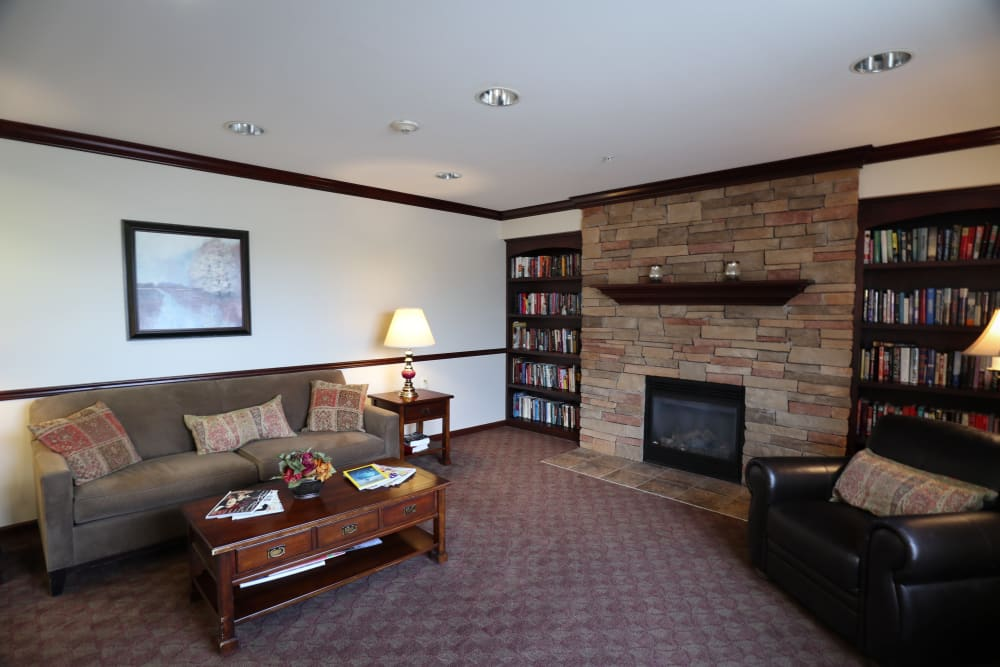Turtle Creek Apartments offers a beautiful living room in Getzville, New York