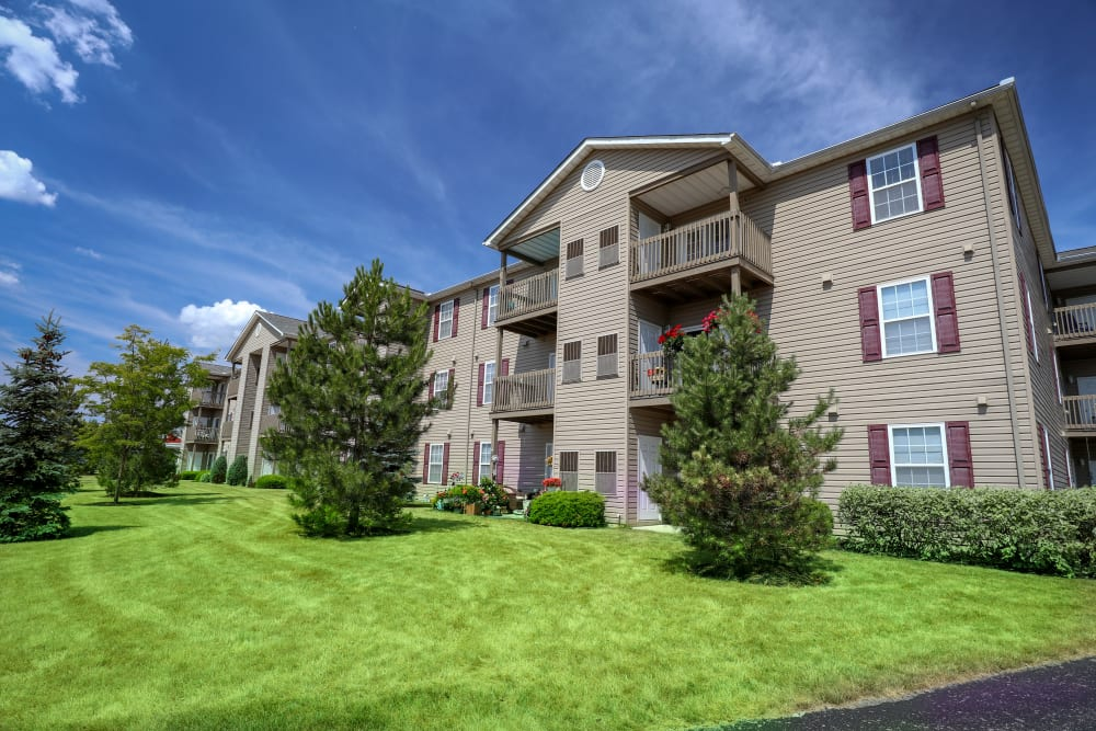Exterior view at Turtle Creek Apartments in Getzville, New York